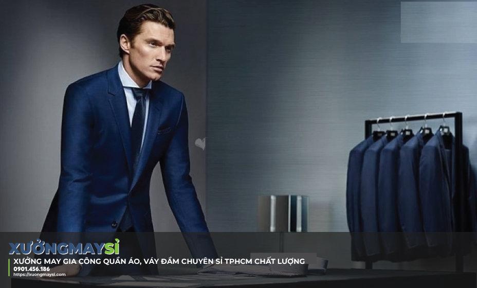 Gợi ý những phong cách may đồng phục công sở sang trọng và lịch sự, lựa chọn xưởng may đồng phục hợp lý