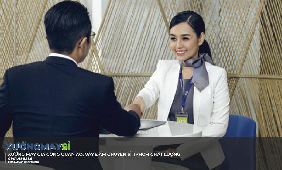 Tư vấn lựa chọn đồng phục nhân viên ngân hàng đẹp chất lượng
