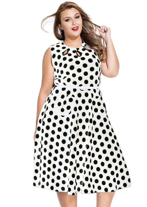 Váy maxi dáng ngắn họa tiết bi dành cho các nàng mũm mĩm dự tiệc