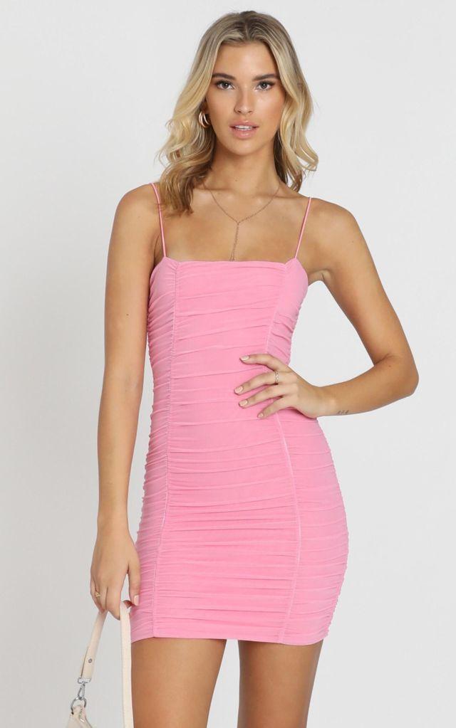 Váy ôm body 2 dây màu hồng be