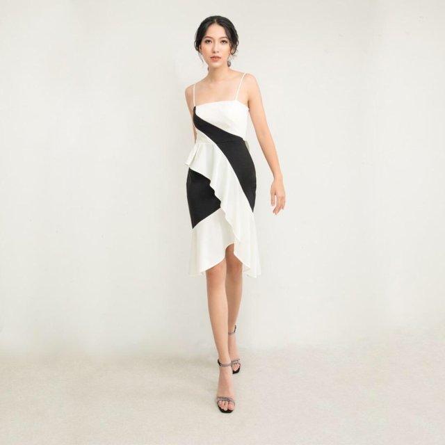 Đầm ôm body 2 dây phối màu đen trắng ấn tượng