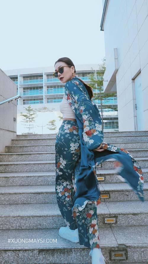 Bộ trang phục lấy cảm hứng từ chiếc áo truyền thống Kimono của Nhật Bản