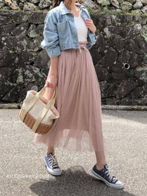 Chân váy dài Hàn Quốc trong phối đồ đi học