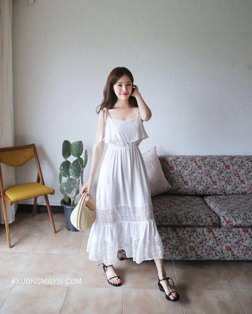 Đầm maxi trắng vintage trễ vai siêu dễ thương