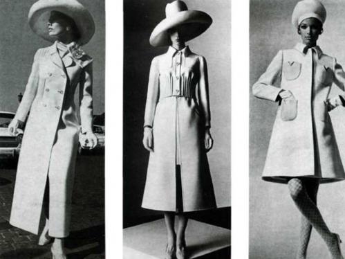 Bộ sưu tập đầm suông dài với kiểu dáng vô cùng hiện đại dành cho các cô nàng quý phái và yêu thích sự xa hoa, sang trọng