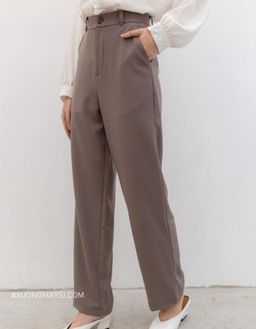 Quần kaki mang lại phong cách basic với vẻ đẹp hiện đại của người phụ nữ hiện nay