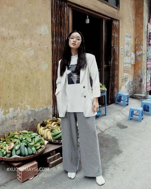 Fashionista Châu Bùi cá tính phối đồ cùng với chiế
