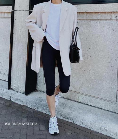 Quần legging cũng có thể được sử dụng cho nhiều phong cách thời trang khác nhau cho nữ