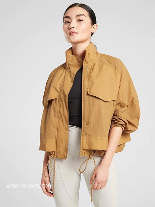Thoải mái hơn, phù hợp với thời tiết các mùa với chất liệu vải dù dành cho các bạn nữ