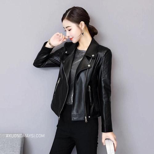 Áo khoác da với chất liệu bền, dày và giữ nhiệt tốt rất thích hợp để diện đồ cho mùa đông dành cho các bạn nữ