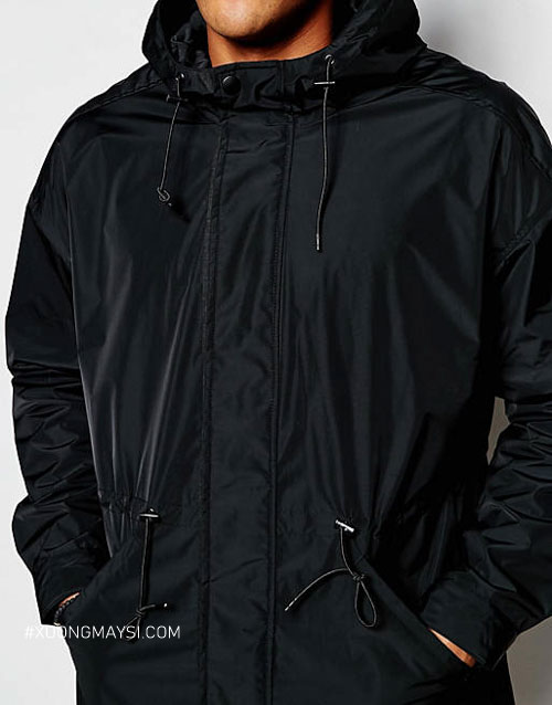 Áo khoác dù có cổ là dòng áo khoác phổ biến của