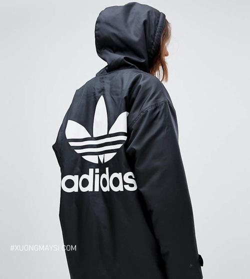 Áo khoác dù logo hình bông hoa 3 cánh thuộc những dòng Adidas Original