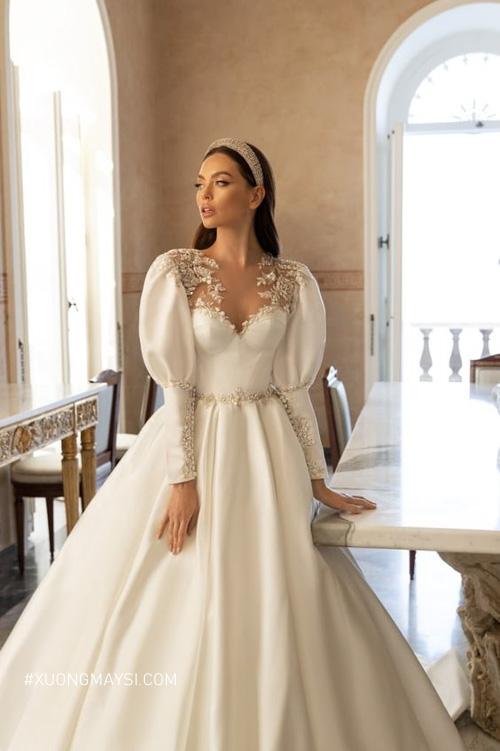 Đầm cưới cúp ngực giúp nàng thêm phần quyến rũ