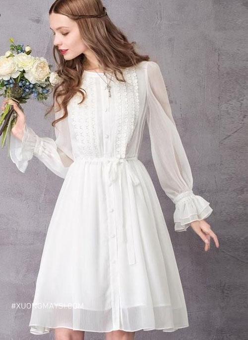 Váy cưới ngắn dáng chữ A vô cùng hợp với nàng mảnh khảnh