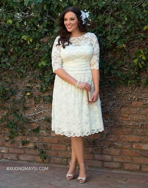 Nàng có thân hình đầy đặn vẫn có thể diện váy cưới dáng ngắn