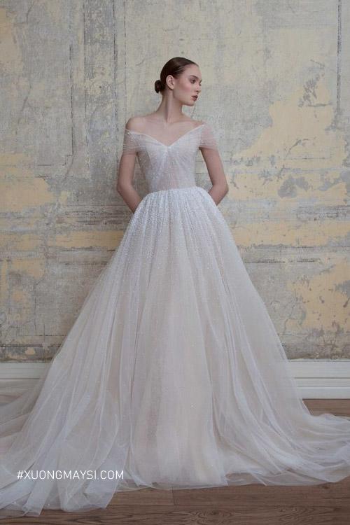 Tự tin và thoải mái trong bộ đầm cưới