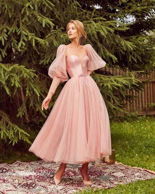 Ấn tượng với váy cưới màu hồng pastel