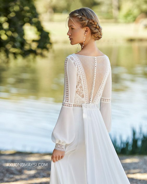 Kiểm tra kỹ lưỡng các chi tiết trên váy cưới là điều quan trọng