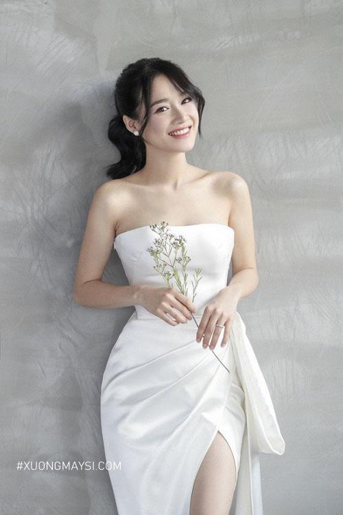 Đầm trắng dự tiệc cao cấp mang đến cho các bạn nữ một phong cách vô cùng đẳng cấp của sự sang trọng