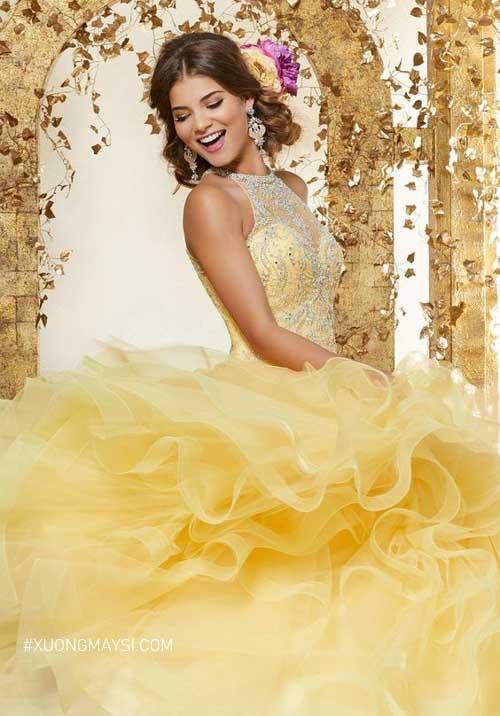 Váy cưới màu vàng giúp nàng nổi bật và sang trọng hơn bội phần