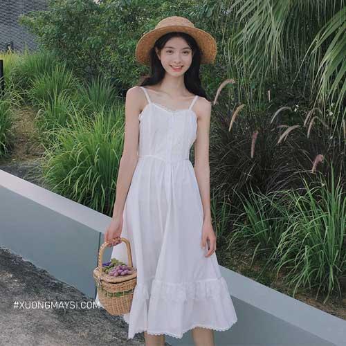 Đầm trắng 2 dây thoải mái, đáng yêu dành cho các bạn nữ