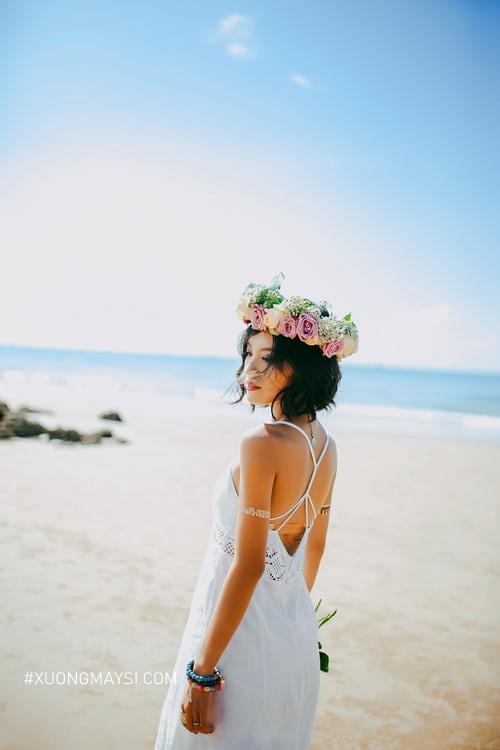 Đầm trắng hở lưng gợi cảm kiểu dáng dây độc đáo và quý phái dành cho các quý cô