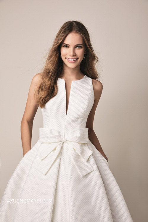 Chất liệu vải Taffeta cực kỳ hợp cho dáng váy chữ A