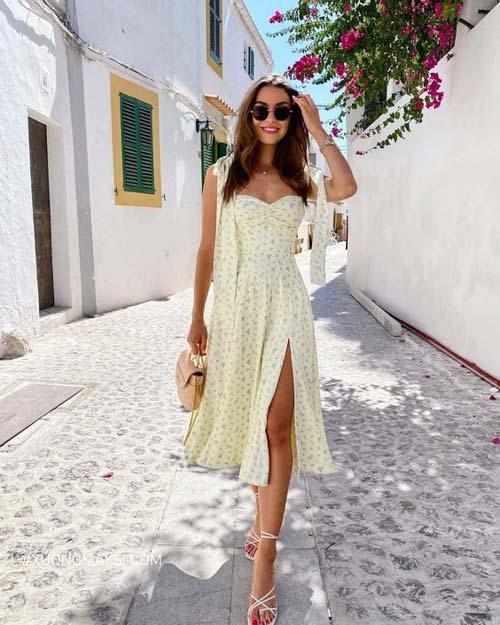 Nàng tinh tế khoe đôi chân dài qua chiếc váy midi hoa nhí
