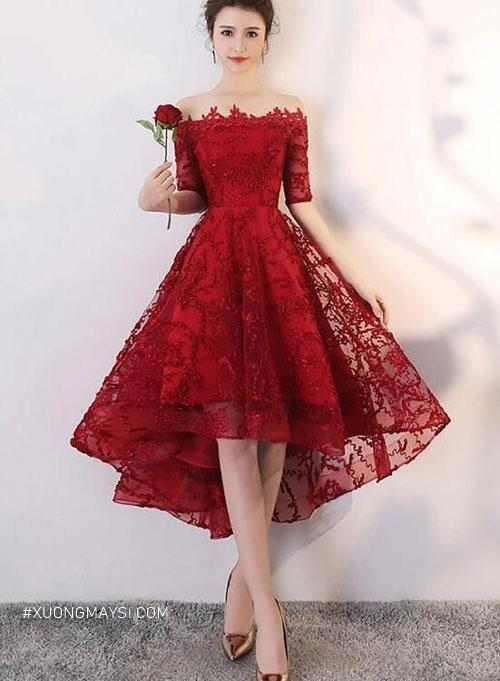 Váy cưới ngắn màu đỏ cũng khiến bạn thu hút mọi ánh nhìn