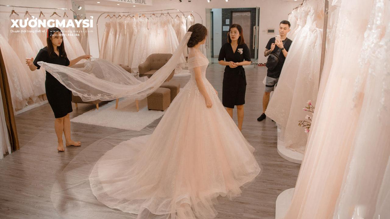 Bật Mí Cho Cô Dâu Mẫu Vải May Váy Cưới Đẹp Hiện Đại Trang Nhã